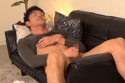 オトコノコのオナニー ショウヘイさん28歳.jpg