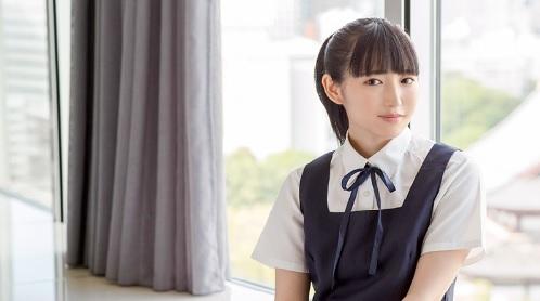 河奈亜依 清純系の制服美少女JKとホテルで濃厚なエッチ