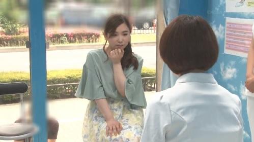 【MM号】ナンパされた敏感な新妻が乳腺オイルマッサージでイカされて・・・