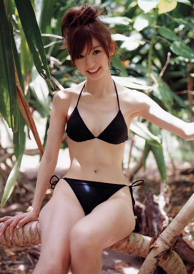 派手な水着も良いけどたまには大人を感じる黒水着もアリwwwww0004shikogin