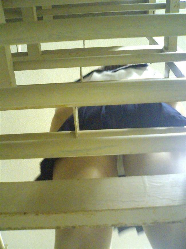 絶対目視してはいけない!階段下からミニスカJKを見上げる絶景www0015shikogin