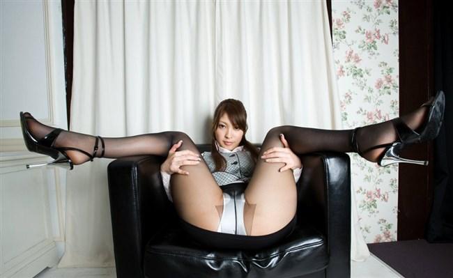 綺麗なパンスト脚にムラムラせずにはいられないOLお姉さんwwww0018shikogin