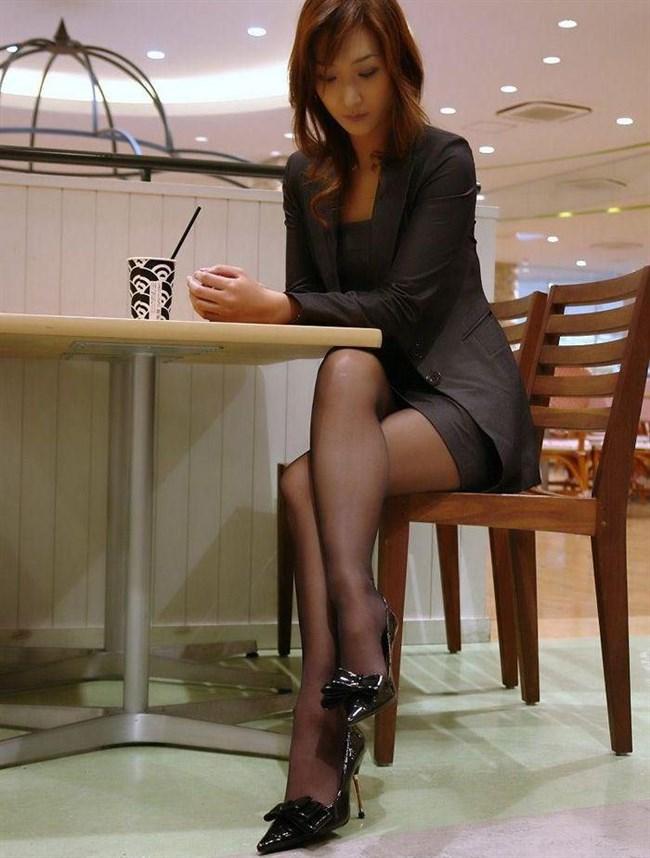 綺麗なパンスト脚にムラムラせずにはいられないOLお姉さんwwww0006shikogin