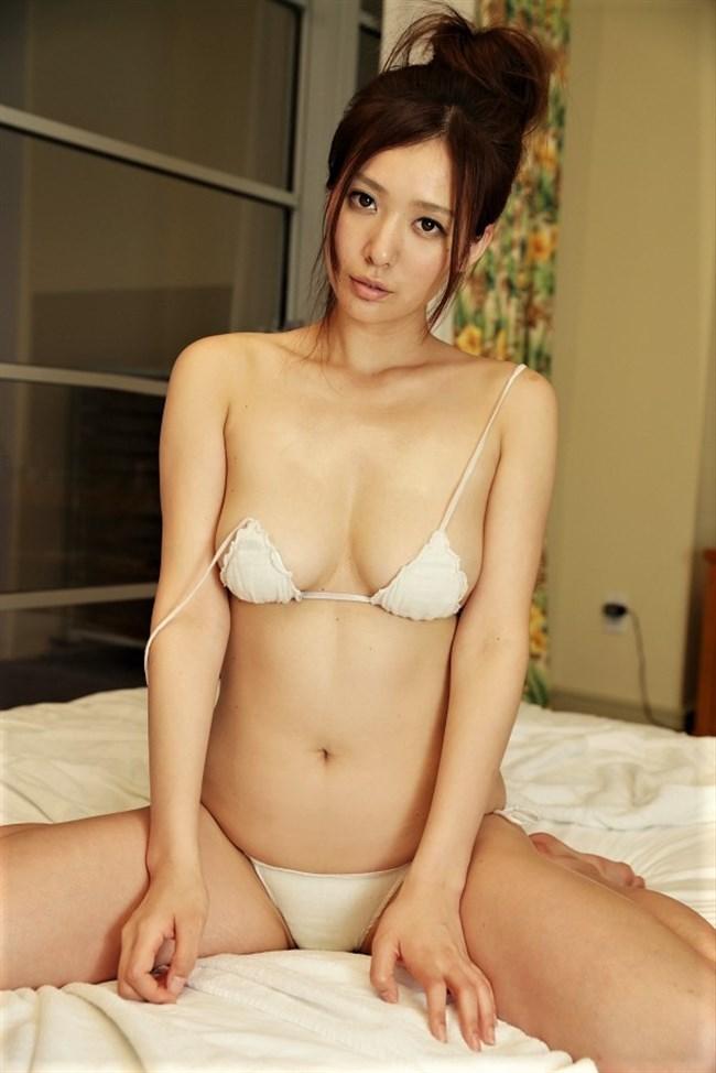平塚千瑛~特捜9出演時の胸の谷間丸見えのドレス姿がエロ過ぎ!パンティーも丸見え!0013shikogin