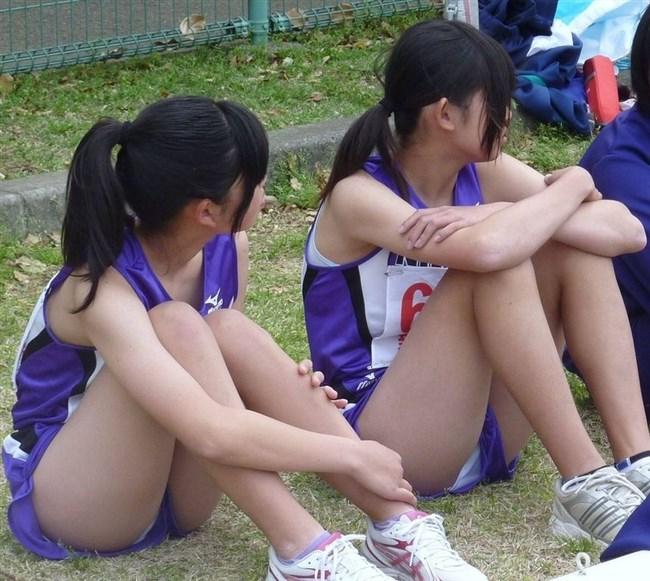 この陸上女子選手たちはエロ目線でしか見れないwwwww0008shikogin