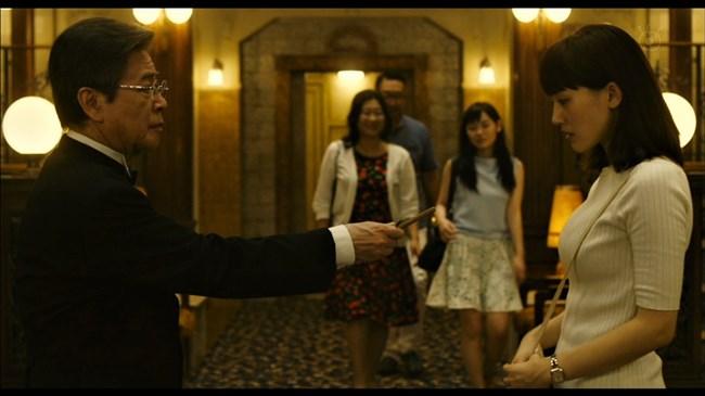 綾瀬はるか~本能寺ホテルのテレビ初放映で明らかになった巨乳過ぎるヒロイン!0003shikogin