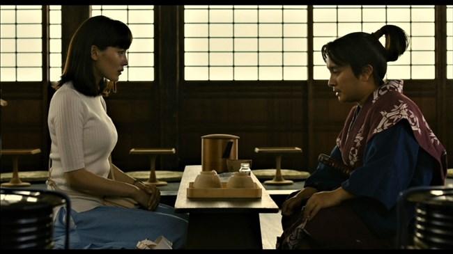 綾瀬はるか~本能寺ホテルのテレビ初放映で明らかになった巨乳過ぎるヒロイン!0006shikogin