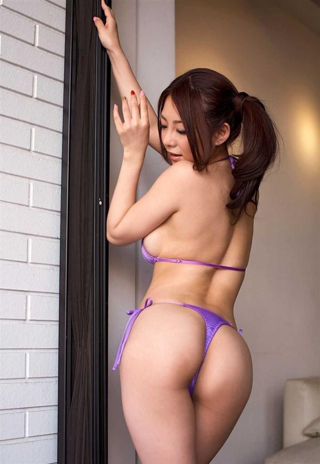 お尻のパン線を出さない女性の下着姿が悩殺的過ぎてwwwwww0005shikogin