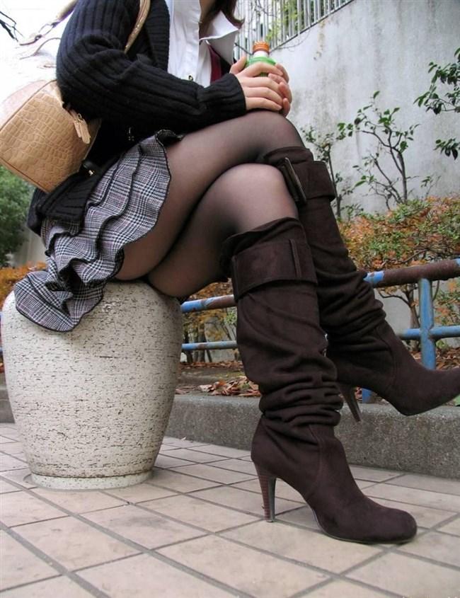 スカートとロングブーツとパンティの組み合わせが一番ヌケる組合せwwwww0017shikogin