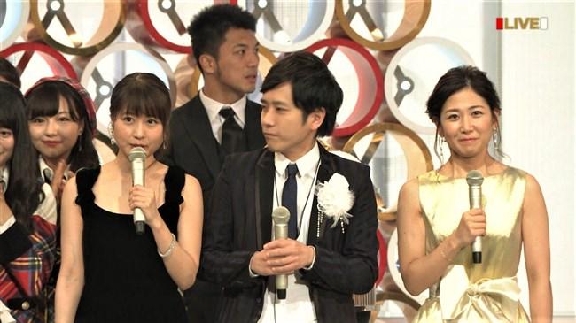 桑子真帆~NHK紅白歌合戦でのムッチリ腕で胸の膨らみがエロいノースリーブ姿が最高!0003shikogin