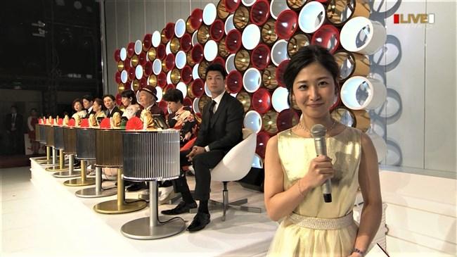 桑子真帆~NHK紅白歌合戦でのムッチリ腕で胸の膨らみがエロいノースリーブ姿が最高!0009shikogin