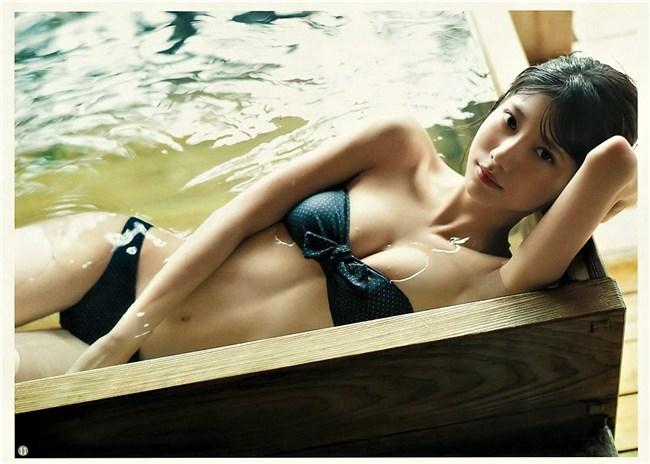 山広美保子~ヤングジャンプのグランプリ水着グラビアは最高の芸術的ボディー!0013shikogin