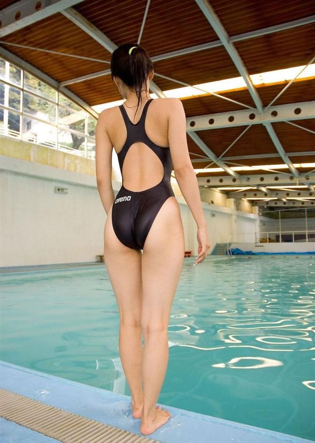 競泳水着のお尻への食い込み特化画像wwwwww0010shikogin