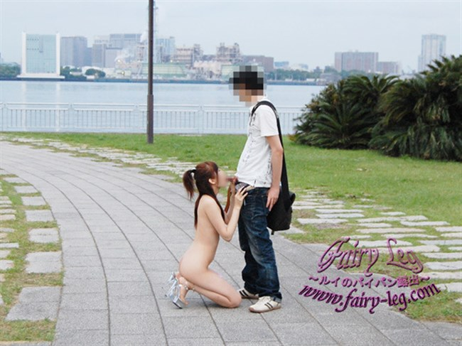 あり得ないところで全裸にならないと興奮しなくなってしまった露出女の末路www0014shikogin