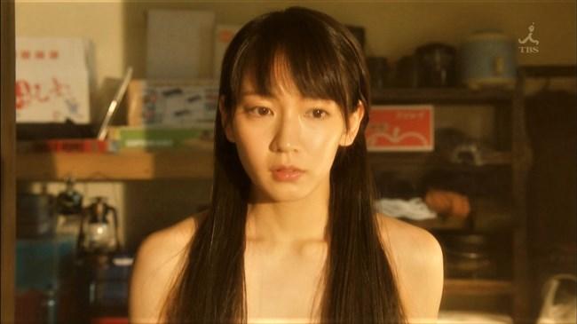 吉岡里帆~ドラマ「きみが心に棲みついた」で早くもセクシー場面があり興奮!0008shikogin