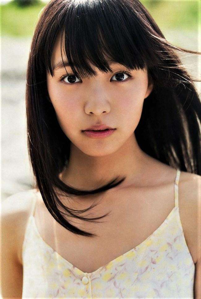 駒井蓮~美少女の胸チラグラビアに超ドキドキ!将来有望な新人女優登場!0004shikogin