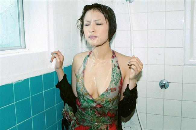 女子の濡れた髪と女体が激しくえちえちwwwwwwww0022shikogin