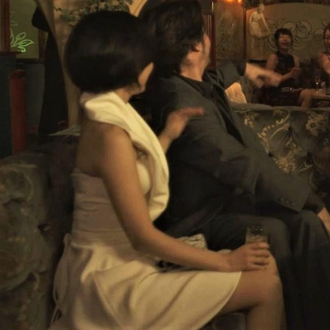 市川由衣~刑事ゆがみでのオッパイ出したキャバ嬢の姿がエロくて興奮したぞ!0008shikogin
