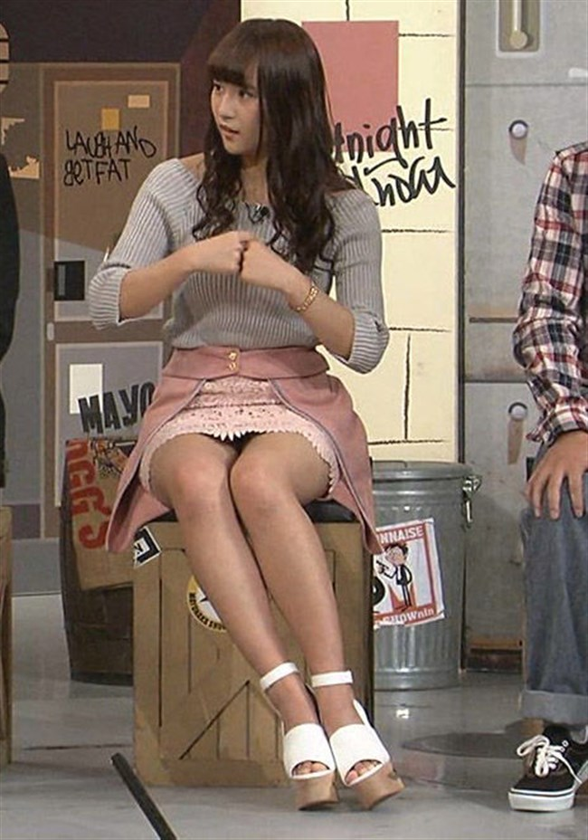 浅川梨奈[SUPER☆GiRLS]~パンチラしそうなミニスカ姿の美脚が超セクシーでたまらない!0008shikogin