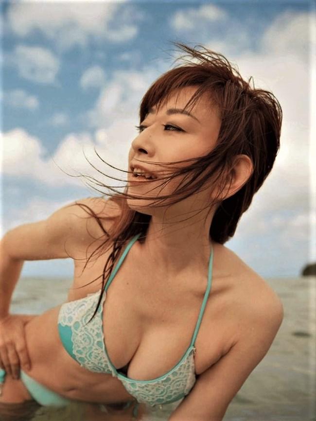 大場久美子~還暦近い水着グラビアは意外と可愛くてエロボディーで興奮する!0002shikogin