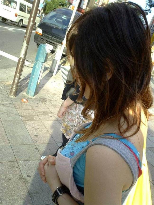 薄着女子のぷっくりして美味しそうな着衣おっぱいwwwwww0003shikogin