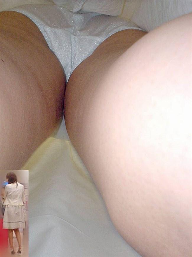 スカート女子を真下から覗き見する禁断の絶景がこちらwwww0018shikogin