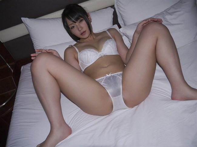 発情中の娘が下着姿で挿入おねだりするポーズwwwww0002shikogin