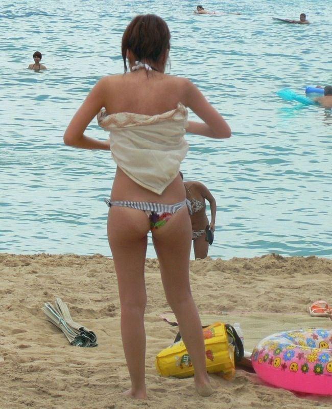 もうすぐビーチでビキニギャルが拝める股間に熱い夏が到来しますねwwwwww0025shikogin