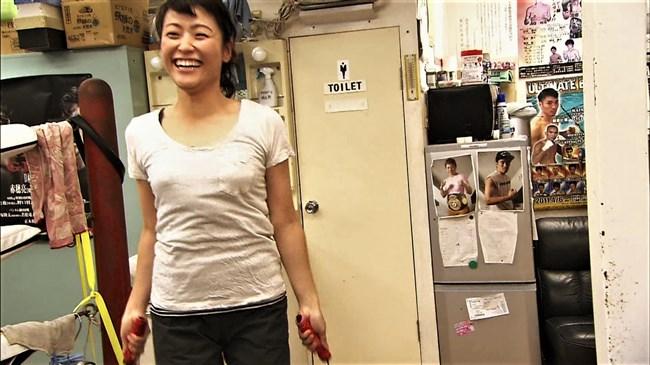 万波奈穂3段~囲碁界のアイドルがピタピタの薄着でトレーニングしていたぞ!0009shikogin