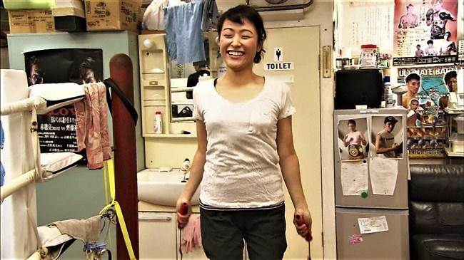 万波奈穂3段~囲碁界のアイドルがピタピタの薄着でトレーニングしていたぞ!0010shikogin