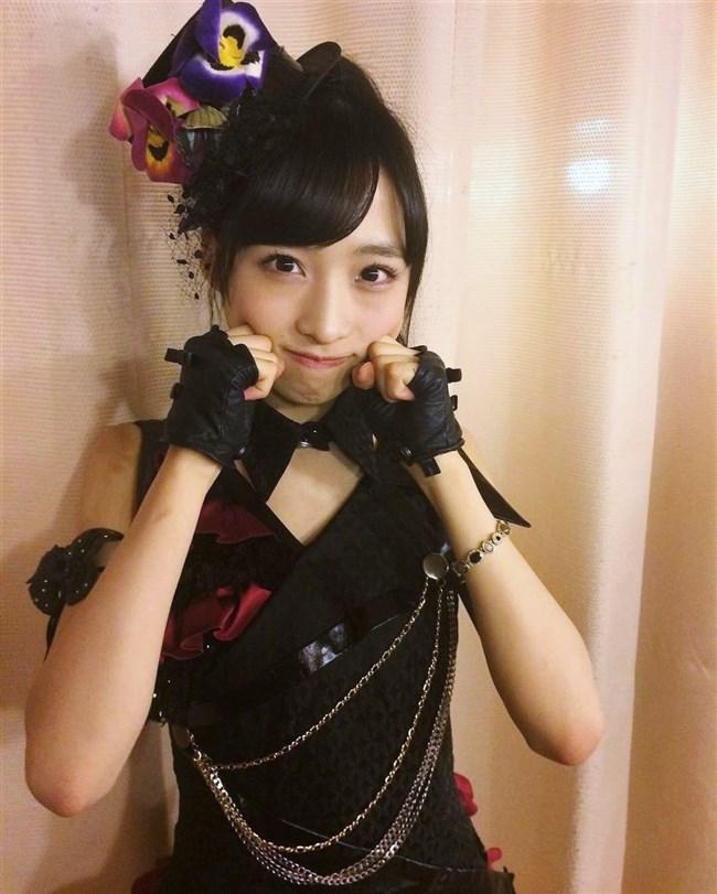 小栗有以[AKB48]~漫画アクションのグラビアで初ソロ!可愛くて太ももが悩ましい!0009shikogin