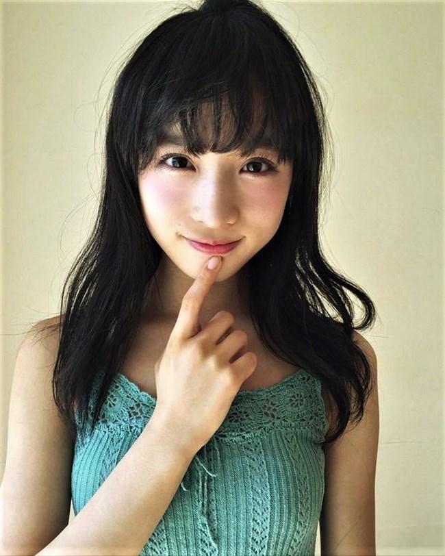 小栗有以[AKB48]~漫画アクションのグラビアで初ソロ!可愛くて太ももが悩ましい!0010shikogin