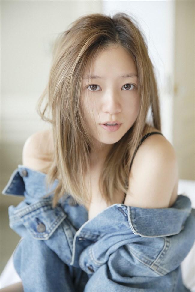 伊藤千晃~写真集CHEERS発売で見せた久々の美貌と妊娠時のエロい姿に興奮!0003shikogin