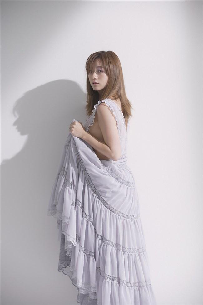 伊藤千晃~写真集CHEERS発売で見せた久々の美貌と妊娠時のエロい姿に興奮!0006shikogin