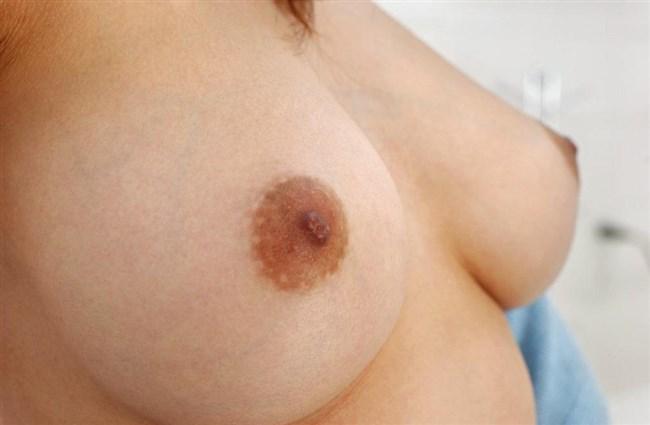 舌を伸ばしたら届いてしまいそうな乳首接写画像wwwww0023shikogin