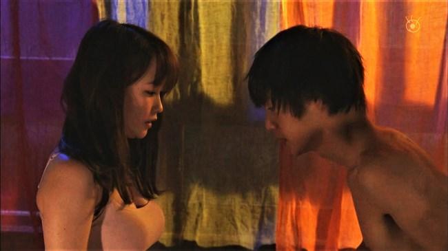川栄李奈~ドラマでの濡れ場が凄まじい!ディープキスやベッドで抱かれまくり!0010shikogin