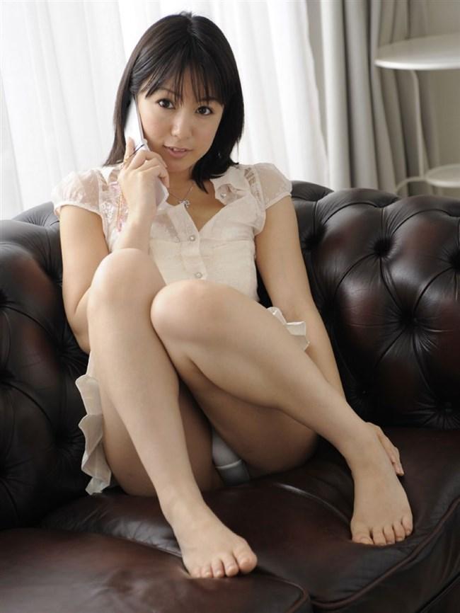 ミニスカ女子が座りパンチラで男を誘惑するとこうなるwwwww0004shikogin