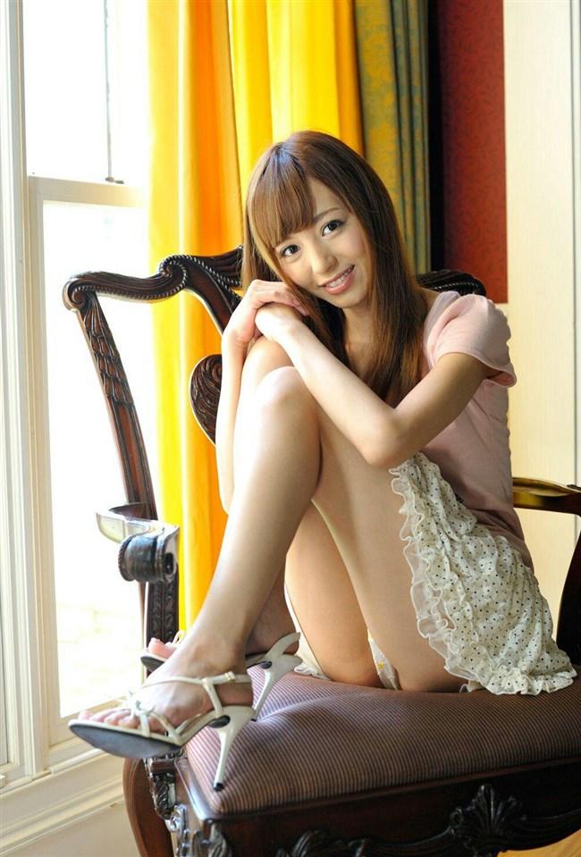 ミニスカ女子が座りパンチラで男を誘惑するとこうなるwwwww0010shikogin