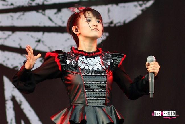 SU-METAL[BABYMETAL]~歌姫は姉同様にオッパイも大きくなってきてセクシーさも!0002shikogin