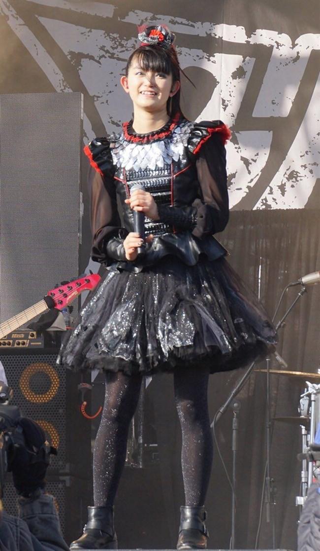 SU-METAL[BABYMETAL]~歌姫は姉同様にオッパイも大きくなってきてセクシーさも!0009shikogin