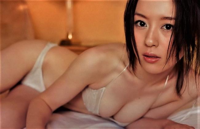 宇都宮まき~下着姿やお風呂での全裸まであるグラビアは露出多めで超過激!0005shikogin