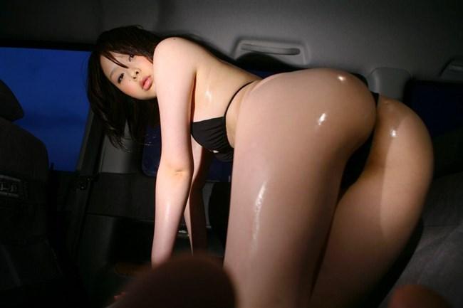 女の子が下着姿や素っ裸で四つん這いになるとガチで理性を失う法則wwww0010shikogin
