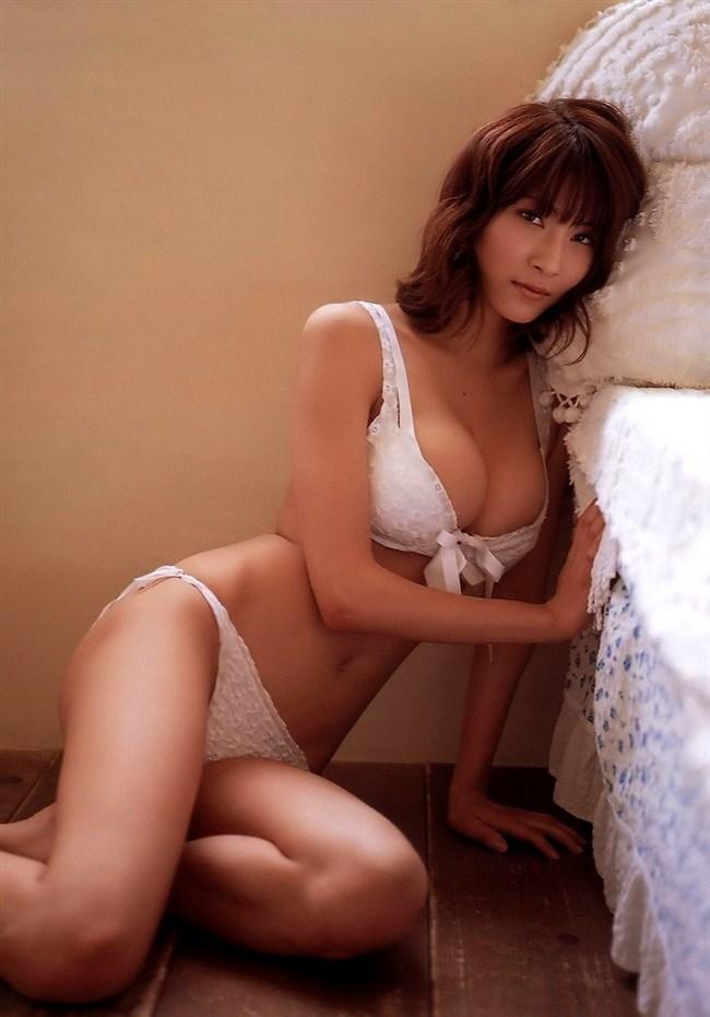 全裸よりえちえちになるエグい水着を付けた女子wwwwww0007shikogin