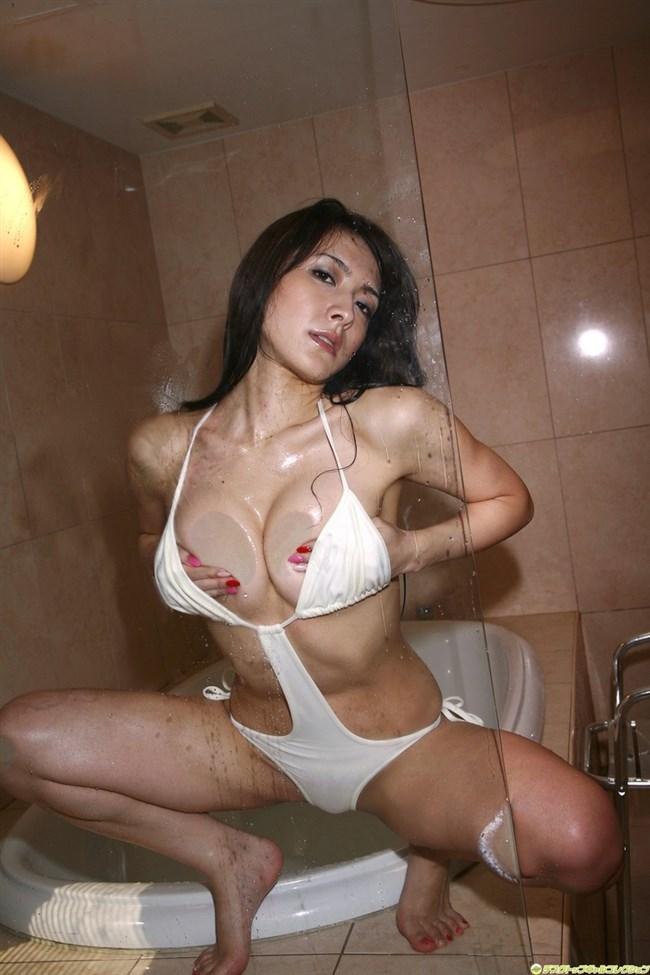 全裸よりえちえちになるエグい水着を付けた女子wwwwww0008shikogin