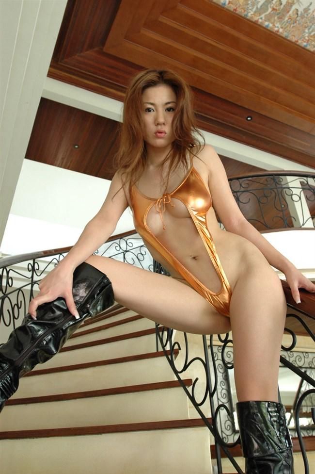 全裸よりえちえちになるエグい水着を付けた女子wwwwww0016shikogin