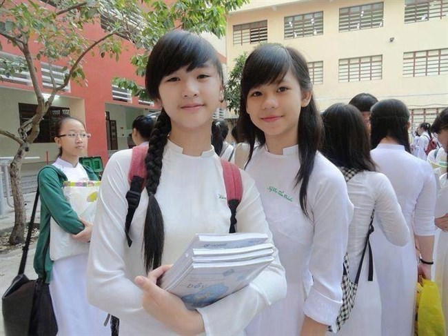 ベトナムのアオザイが透けまくっててえちえちwwwwww0006shikogin