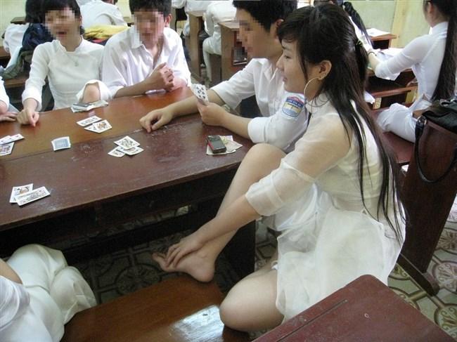 ベトナムのアオザイが透けまくっててえちえちwwwwww0014shikogin