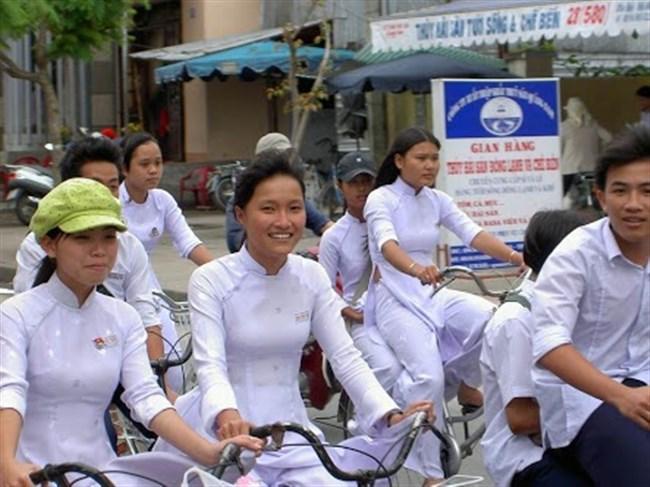 ベトナムのアオザイが透けまくっててえちえちwwwwww0028shikogin
