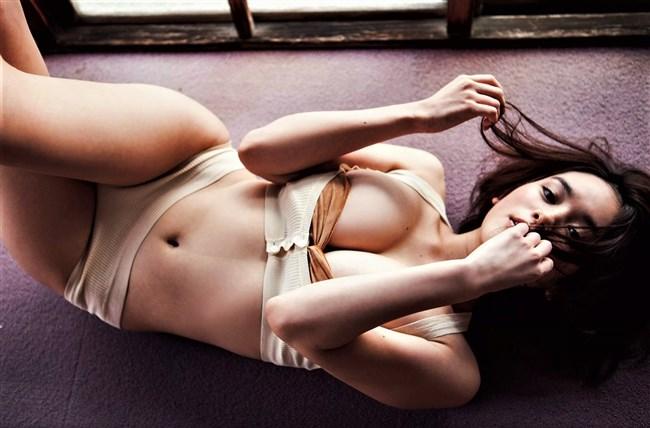 筧美和子~乳首ポチの決定的画像とオッパイ主張の厳選フォトで抜いてくれ!0010shikogin