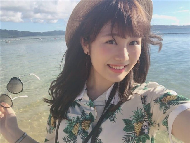 横島亜衿[元AKB48]~楽屋裏でバックに映ったベージュの下着姿が超エロかった最高の思い出!0009shikogin